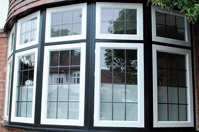 Analiza warunków dopływu energii słonecznej przez wieloskrzydłowe okna o zmiennej konfiguracji