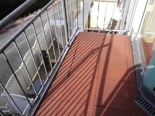 Balkony i tarasy – uszczelnienie drenażowe i podpłytkowe