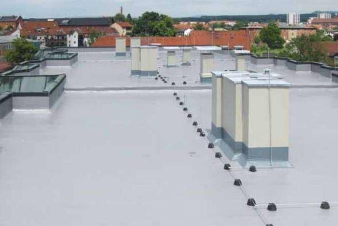 Remonty i przebudowy dachów z zastosowaniem elementów lekkiej obudowy