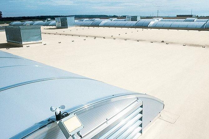 Wybrane zagadnienia projektowania dachów płaskich