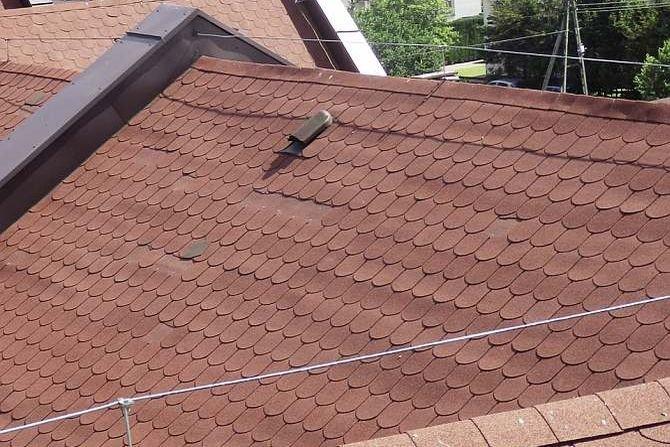 Gont bitumiczny a wentylacja dachu