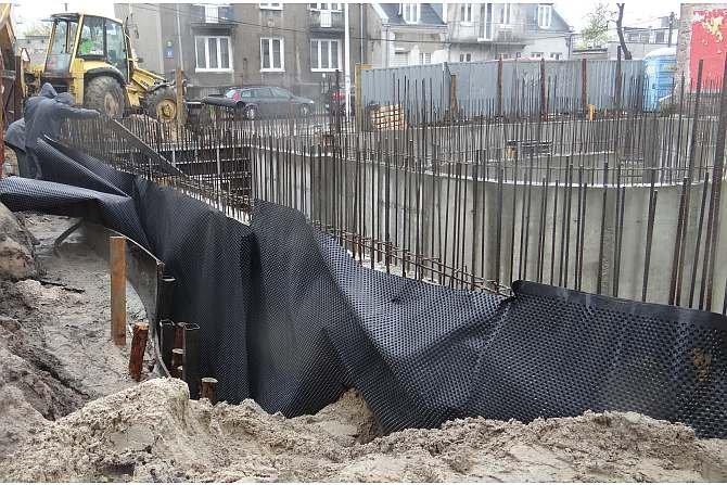 Hydroizolacja elementów budowli stykających się z gruntem