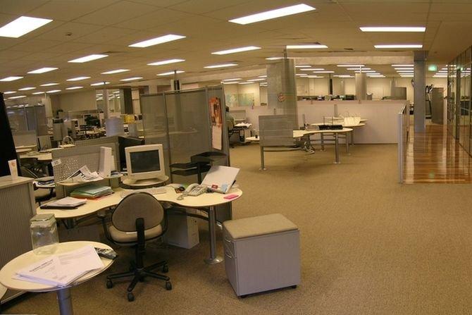 Problemy związane z jakością akustyczną pomieszczeń typu open space
