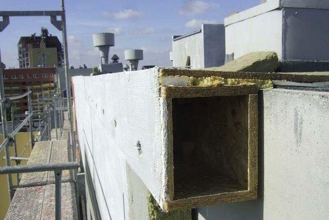 Technologie ocieplania ścian a mocowanie na elewacji budek dla ptaków