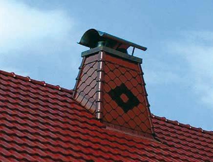 Jak połączyć komin z pokryciem dachowym?