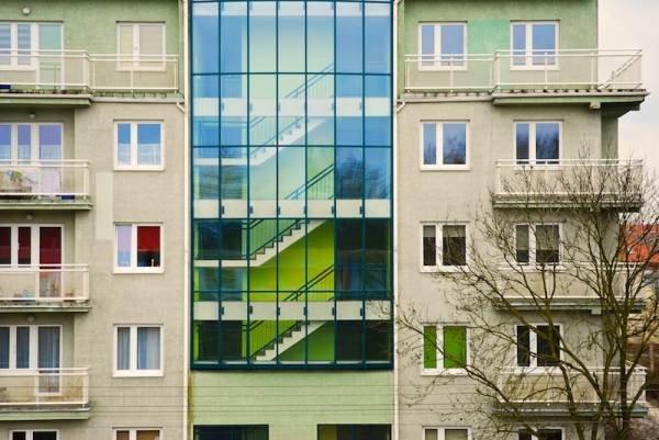Ściany zewnętrzne budynków w świetle nowych wymagań cieplnych