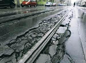 Technologia zalew drogowych na gorąco – zabezpieczanie spękań i dylatacji