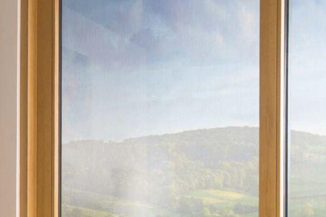 Analiza współczynnika przenikania ciepła okna z osłoną przeciwsłoneczną; Walery Jezierski, Joanna Borowska – s.36