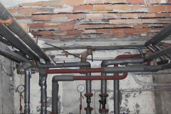 Naprawy i renowacje stropów