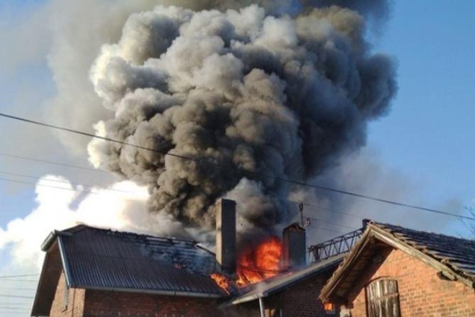 Odporność ogniowa konstrukcji dachowych