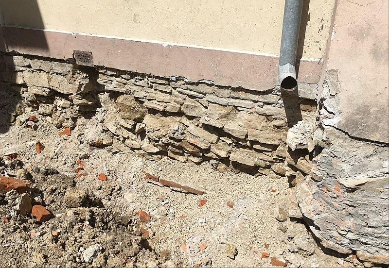 Wtórna hydroizolacja przyziemnych części budynków