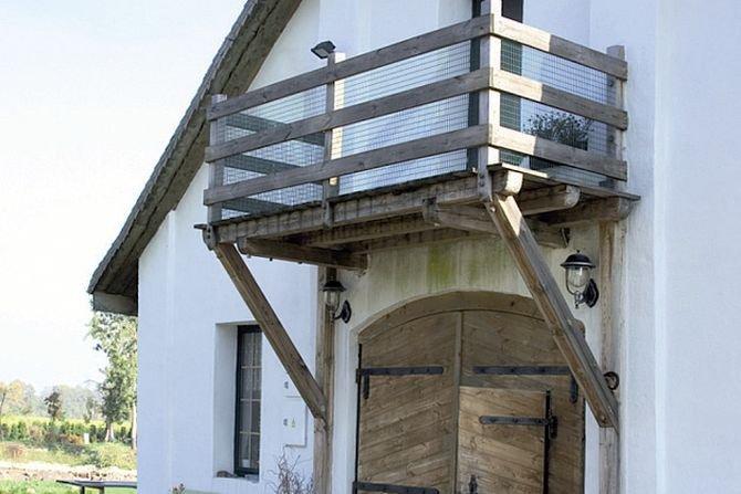 Wybrane zagadnienia docieplania przegród zewnętrznych budynków od wewnątrz