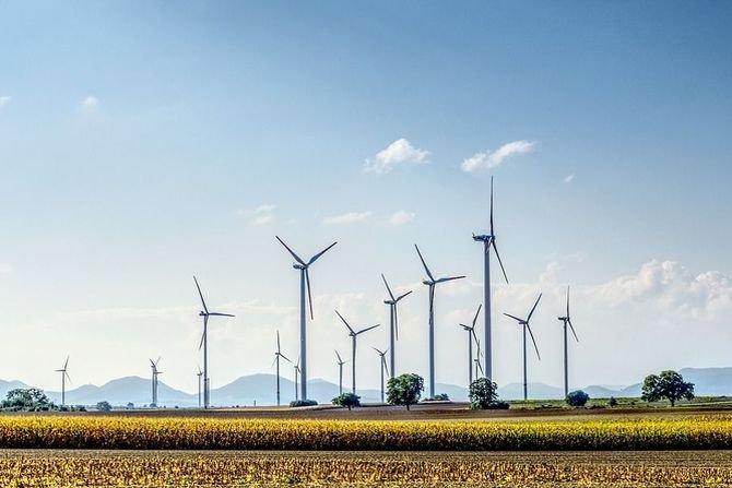 Komisja Europejska proponuje obniżenie emisji gazów o 55% do 2030 r.