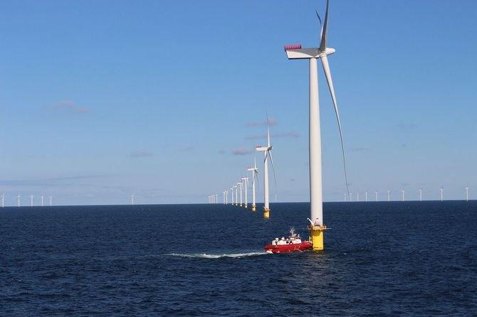 Przyjęto projekt ustawy wspierającej morskie farmy wiatrowe
