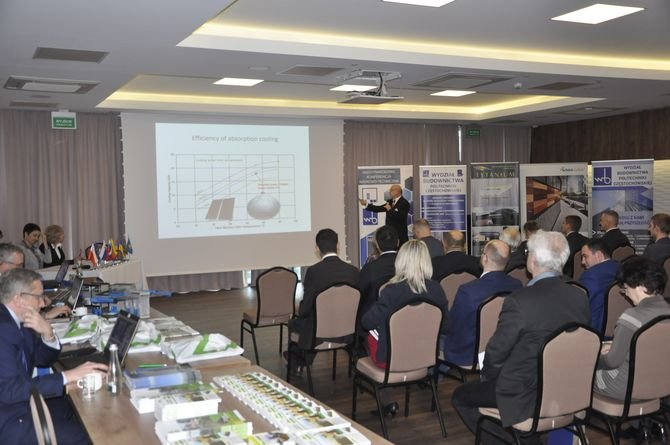 Jubileuszowa konferencja naukowo-techniczna dotycząca budownictwa energooszczędnego