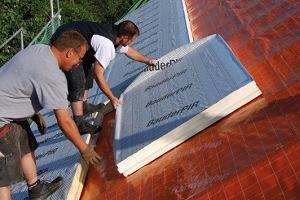 Sposób na skuteczną izolację dachu »