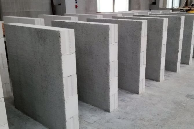 Badania wpływu wzmocnienia powierzchniowego systemem FRCM na wytrzymałość na ściskanie murów z autoklawizowanego betonu komórkowego