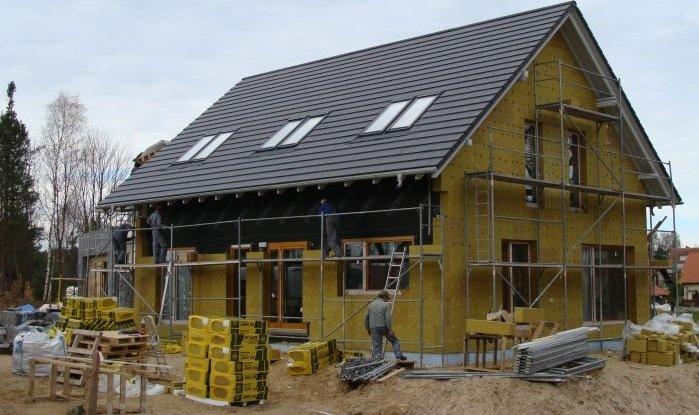 Jak dobrze zaizolować dom zgodnie z Warunkami Technicznymi?