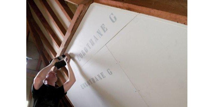 Płyty termoizolacyjne EUROTHANE G – efektywne docieplenie budynku od wewnątrz
