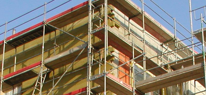 Jak dobrze zaizolować dom zgodnie z wymaganiami prawnymi?