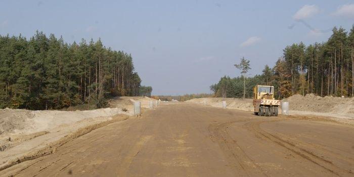 Wykonawcy obniżają koszt budowy dróg