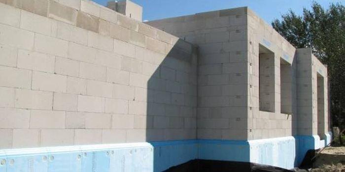 Ściany jednowarstwowe według WT 2021