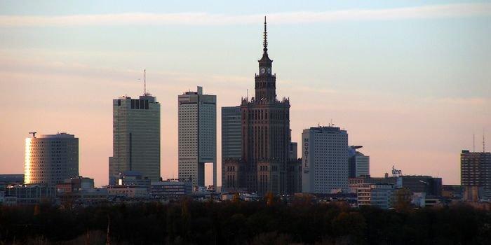 W Warszawie nadal dużo kopciuchów