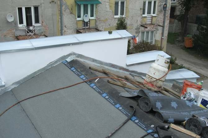 Poznaj przykłady błędów na dachach i stropodachach J. Sawicki