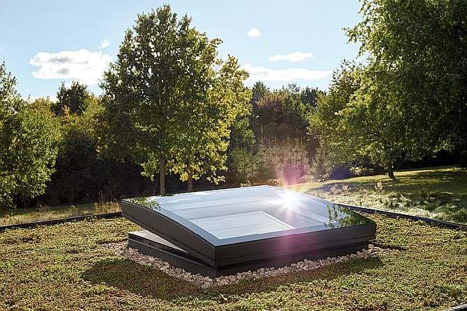 Poznaj wymagania stawiane hydroizolacji oraz termoizolacji na dachach zielonych i odwróconych VELUX