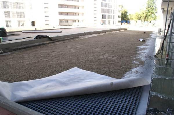 Izolacja dachu zielonego nad garażami - GXP20