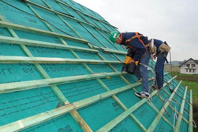 Poznaj zasady wykonania warstw wstępnego krycia w dachach skośnych Braas