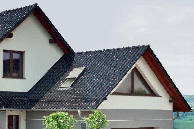 Zasady doboru warstw wstępnego krycia dla dachów skośnych (cz. 3). Sposób wykorzystania klas szczelności. Wentylacja dachów Archiwum redakcji