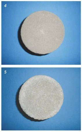 Fot. 4–5. Materiały wykonane na bazie piasku: próbka B3 (4), próbka A1 (5)