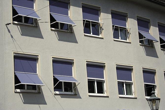 FOT. 11. Markizolety na budynku biurowym (Niemcy); fot.: archiwum J. Żurawskiego