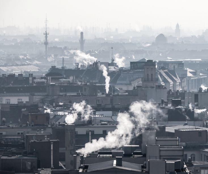 FOT. 1. Kompleksowa termomodernizacja budynków ma kluczowe znaczenie dla walki ze smogiem; fot.: Stowarzyszenie na Rzecz Systemów Ociepleń