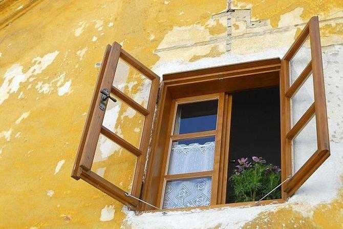 Jak poprawnie przeprowadzić prace związane z wymianą stolarki okiennej? Fot. www.freeimages.com