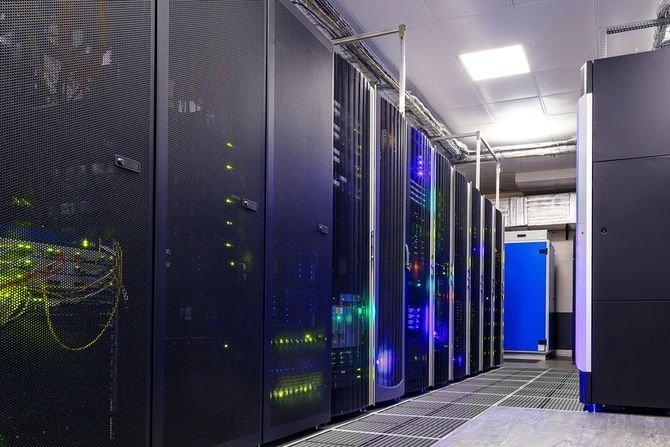 Panele Paroc Panel System dla centrów danych Paroc Panel System