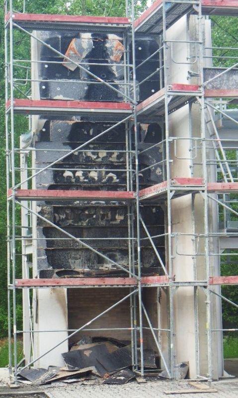FOT. 6. Widok ściany badawczej po usunięciu okładziny; fot.: M. Wieczorek, M. Niziurska, K. Borkowicz