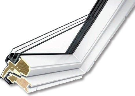 FOT. 6. Konstrukcja okna w wersji drewniano-poliuretanowej VELUX GLU 0064