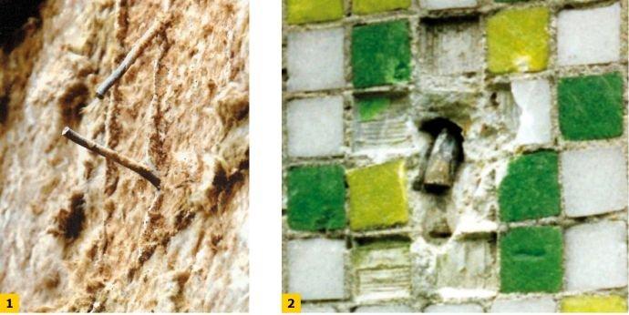 FOT. 1–2. Przykłady pęknięcia wieszaków stalowych warstwy fakturowej ścian zewnętrznych;