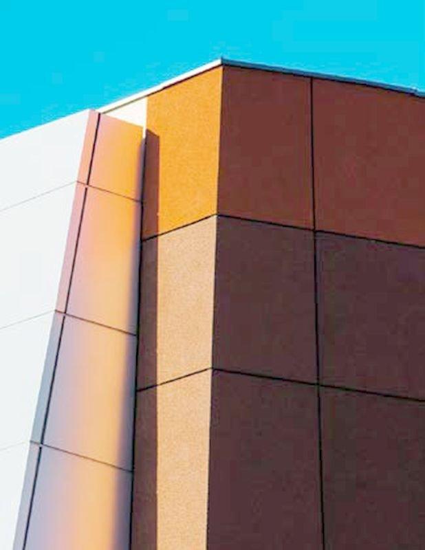 FOT. 14. Nowoczesne tynki dekoracyjne nie tylko dają ciekawe efekty wizualne, ale również pozwalają się cieszyć trwałością i odpornością na czynniki atmosferyczne; fot.: Bolix