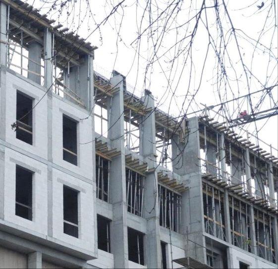 FOT. 4. Wizualizacja budynku z celowo wykonstruowanymi pasami międzykondygnacyjnymi; fot.: P. Sulik