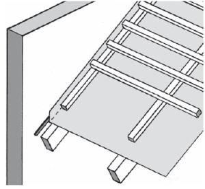 Rys. 6. Łączenie MWK z murami powinno być wykonane przy użyciu dwustronnych taśm butylowych. Ich grubość i szerokość powinny być tym większe, im bardziej porowata jest powierzchnia muru. Warto również docisnąć membranę do muru kontrłatą.
