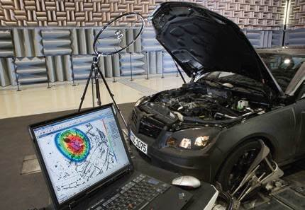 FOT. 1. Firma KFB Polska Sp. z o.o. do analizy poziomu hałasu stosuje specjalistyczny sprzęt w postaci kamer akustycznych.