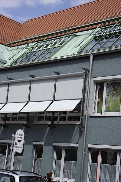 FOT. 13. Markizolety na budynku biurowym (Augsburg)