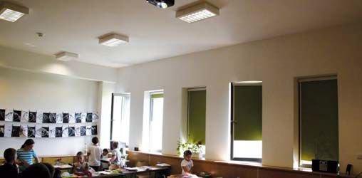 Fot. Sala lekcyjna w szkole pasywnej, w której zarejestrowano niekorzystne warunki użytkowania latem