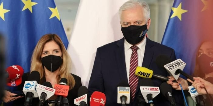 Wicepremier, minister rozwoju, pracy i technologii Jarosław Gowin oraz wiceminister rozwoju, pracy i technologii Anna Kornecka, fot. MRPiT